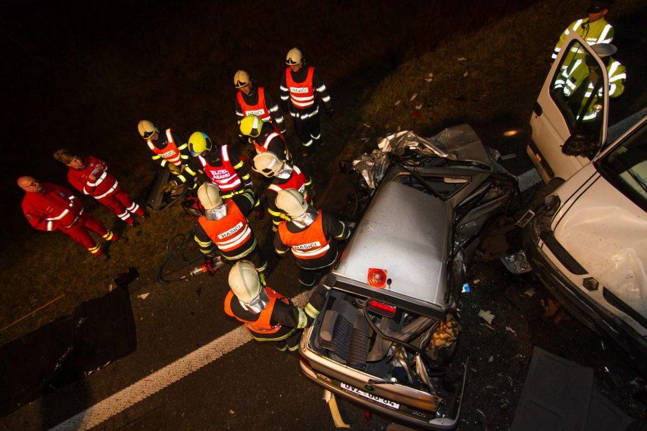Dopravní nehoda s vyproštěním osob ve Fulneku