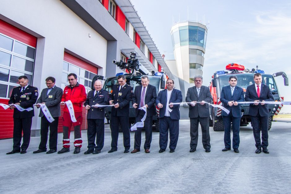 Otevření Integrovaného výjezdového centra na letišti v Mošnově