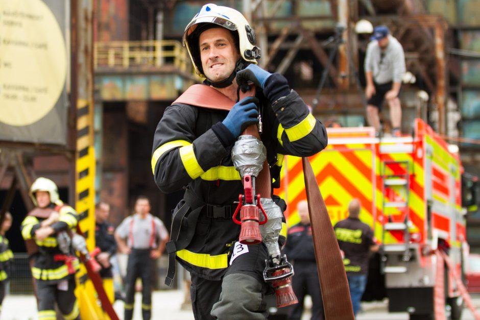 TFA Ostrava, nejtvrší hasič přežije