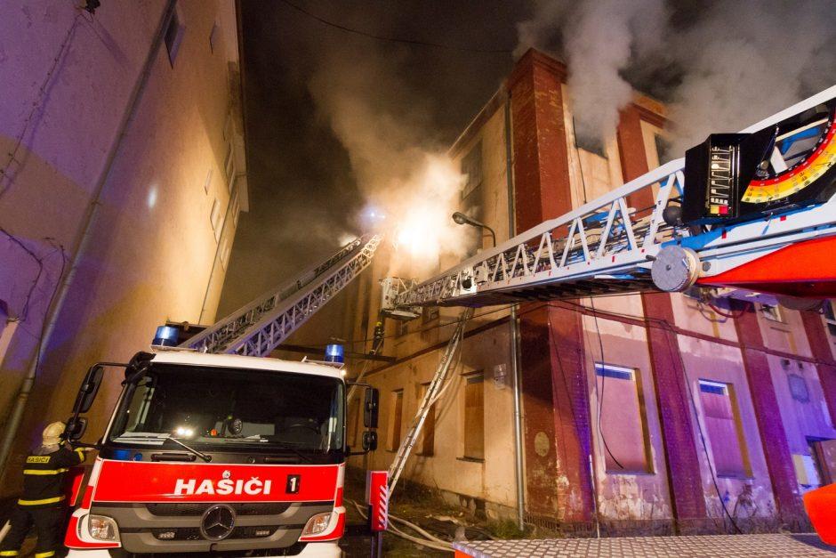 Požár národní památky - textilky Karnola v Krnově