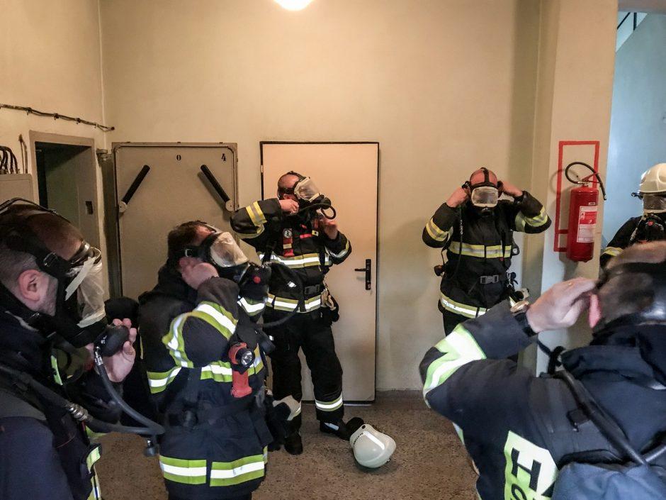 Výcvik slatinských dobrovolných hasičů v Bílovci