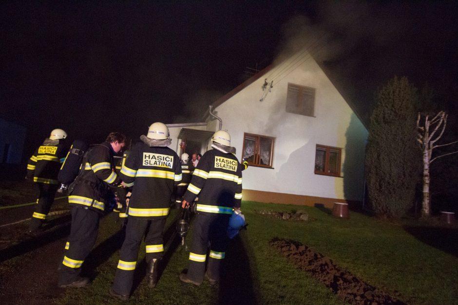 Požár rodinného domu ve Staré Vsi